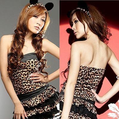 豹柄バニーガールの衣装